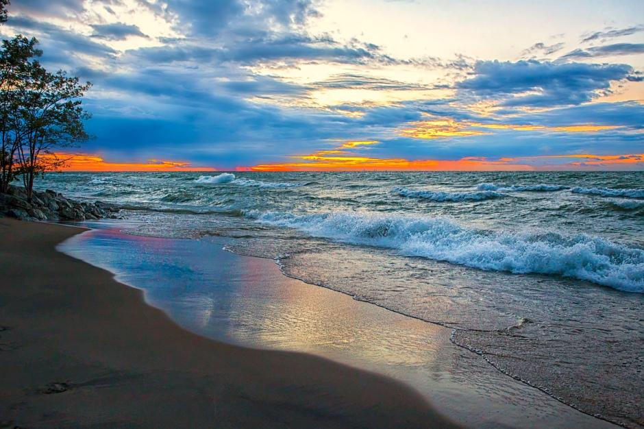 Lake Waves Toward Sunset