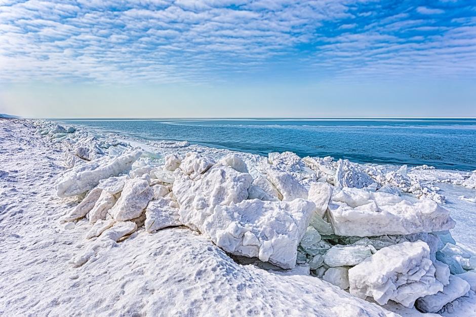 Shoreline Shelf Ice