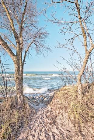 Trail End at Lake Michigan in December